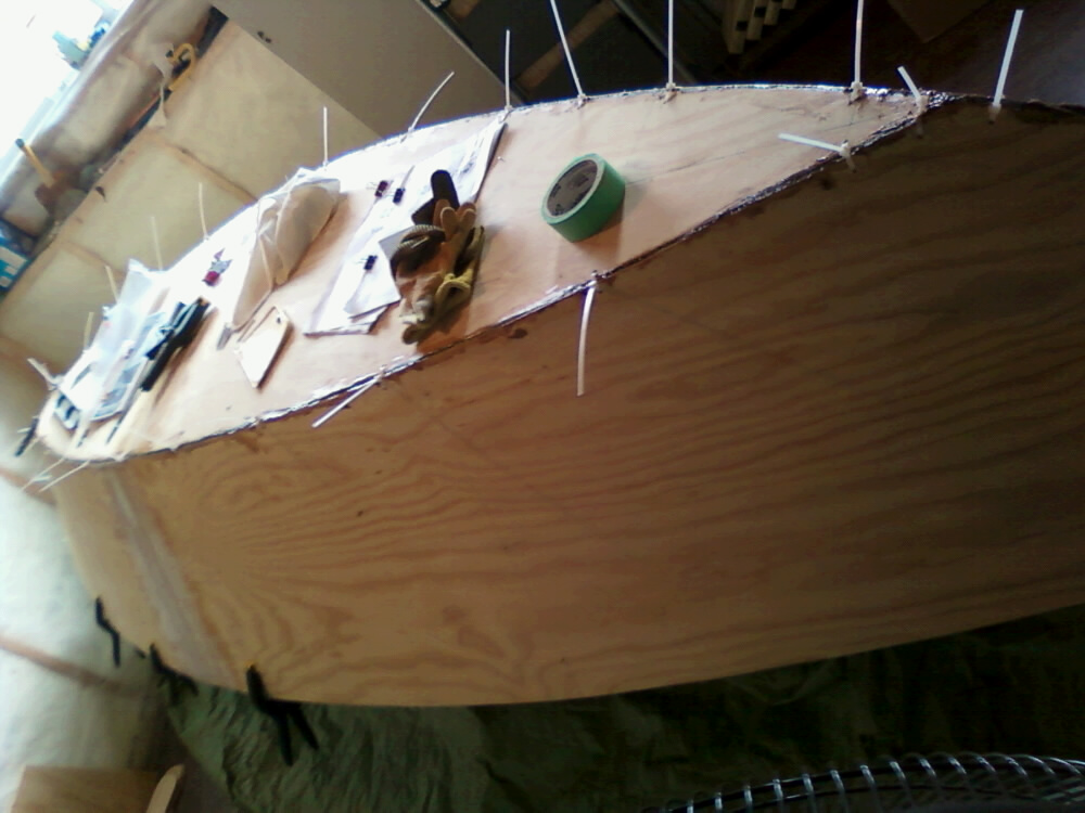 13' Water pod being build (2/3)